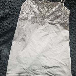 Banana Republic M lace top camisole